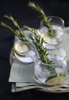 Cucumber-Rosemary Gin and Tonics on #cooking tips #recipes cooking #cooking guide| http://cooking-tips-284.blogspot.com