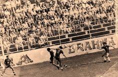 Cena de um jogo sendo realizado no Estádio da Colina, hoje Ismael Benigno. Foto tirada na década de 1970. Foto: Coleção Manoel Paiva. Fonte: Manaus Sorriso.