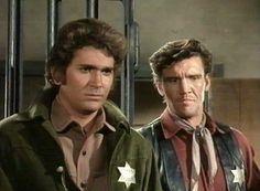 Michael Landon y David Canary Old Movies, Great Movies, Sheriff, David Canary, Goodbye My Friend, Bonanza Tv Show, Cute Piglets, Sundance Kid, Emma Peel