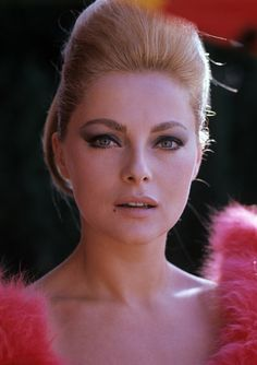 Virna Lisi...  I'm in love <3