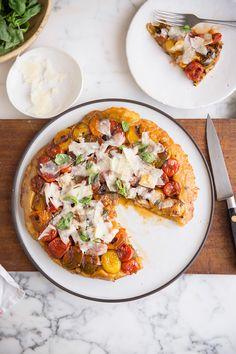 An easy Tomato tart tartin with basil & Parmesan recipe #recipe #vegetarian #baking
