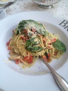Italian Chain Restaurant Recipes: Brio Pasta Pesto - chicken and angel hair pasta