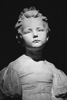ALFRED DRURY 'THE AGE OF INNOCENCE', A MARBLE PORTRAIT BUST, 1914.