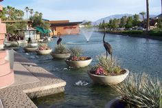 Rancho Mirage, CA : The River. Shopping, dining entertainment center in Rancho Mirage    Read more: http://www.city-data.com/picfilesc/picc29706.php#ixzz25xvuk8Hw