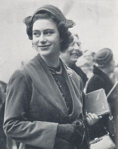 Princess Margaret Young, Young Queen Elizabeth, Princess Anne, Margaret Rose, Her Majesty The Queen, Queen Mother, Ex Wives, Prince Charles, British Royals