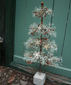 Juletræ i jern bundet med vindheks