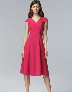 Sukienka bez rękawów midi fuksja