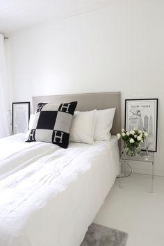 Homevialaura | Modern classic bedroom | Matri by Fennobed | Slim headboard | Caleido 3790