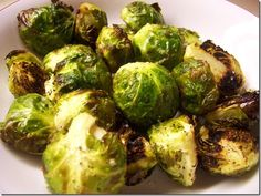 Simple Roasted Brussels Sprouts. Recipe from Eat Chic Chicago at http://www.eatchicchicago.com/blog/2009/12/01/roasted-brussels-spouts/