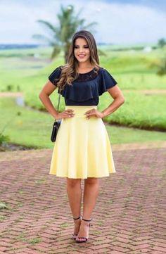SAIAS - Floratta Modas Modest Casual Outfits, Classy Outfits, Modest Fashion, Fashion Dresses, Skirt Outfits, Dress Skirt, Bcbg, Schneider, Cute Skirts