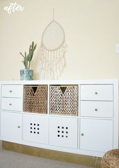 The IKEA Kallax line Storage furniture is a vital section of any home. Elegant and wonderfully simple the rack Kallax from Ikea , for example. Ikea Kallax Hack, Kallax Shelf, Ikea Furniture, Repurposed Furniture, Furniture Makeover, Furniture Storage, Furniture Ideas, Bedroom Furniture, Furniture Design