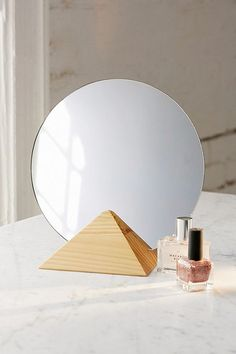 Margot Pyramid Table Mirror