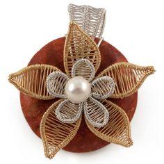 Floare rosie Wire Wrapped Jewelry, Wire Wrapping, Flamingo, Sculpting, Handmade Jewelry, Jewelry Making, Nature, Flowers, Flamingo Bird
