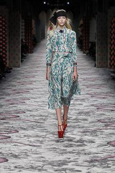 Milano Moda Donna - GUCCI Women's Spring/Summer 2016 - http://olschis-world.de/  #Gucci #Womenswear #mfw