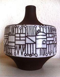 elly-and-wilhelm-vase-417x535