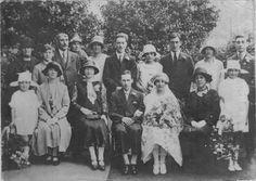1920s wedding party