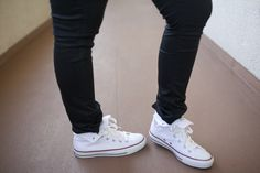 how to wear white high top converse