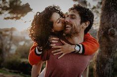 Amb riures i abraçades així acabem els prebodes!!  . . . . . . . #radlovestories #folkwedding #bohowedding #engagement #preboda #couple #bohobride #bodaboho #folkwedding #weddingphotographer #fotografobodas #elopement  #incostabrava #belovedstories #destinationwedding  #lovers #weddingsart #boholovers #weddingfilm #fotografobodasbarcelona #fotografobodasgirona #destinationwedingphotographer #tossademar #costabrava  #intimatewedding