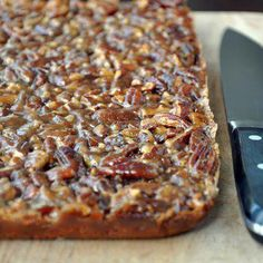 Pecan Cake Bars @keyingredient #cake #honey
