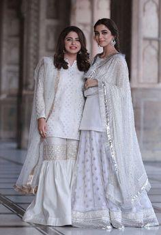 Brides cousins at the nikkah wearing faiza saqlain Pakistani Fashion Party Wear, Pakistani Wedding Outfits, Pakistani Dress Design, Bridal Outfits, Pakistani Dresses, Indian Dresses, Indian Outfits, Indian Fashion, Pakistani Clothing