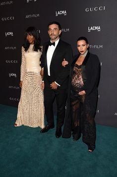 Pin for Later: Die Stars hatten sich richtig in Schale geworfen für die LACMA Gala Naomi Campbell, Riccardo Tisci und Kim Kardashian
