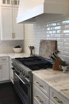 White Kitchens, White Kitchen Cabinets, Quartzite Countertops, Custom Cabinetry, Kitchen Remodel, Interior, Beautiful, Design, Home Decor