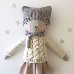 adorable handmade cat doll by @luckyjuju! Katia adds such cute knit accessories to her dolls                                                                                                                                                                                 More