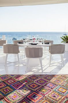 pinned by barefootstyling,com FAY Restaurant, Ibiza fine dining -   THIS RUG IS AMAZING!