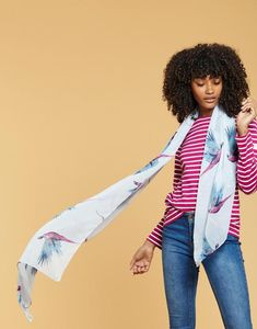 Banish the breeze with a beautiful ladies' scarf from Joules. Available in lightweight silk or warming wool, discover our full collection. Joules Usa, Winter Accessories, Silk Scarves, Womens Scarves, Spring Fashion, Style Me, Wool, Clothes For Women, Lady