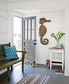 love the driftwood seahorse!