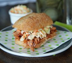 Top tips to help you use your slow cooker. Sandwiches, Pork Sandwich, Slow Cooker Recipes, Crockpot Recipes, Bbq Pulled Pork Recipe, Pulled Pork Burger, Vegetarian Sandwich Recipes, Pork Recipes For Dinner, Hard Rock