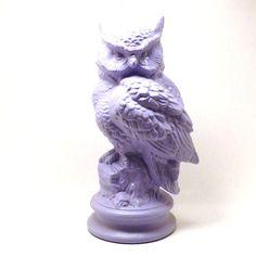 vintage owl statue // lilac, pastel purple, lavender, woodland figurine, animal figurines, shabby chic, upcycled home decor, retro owls. $28.00, via Etsy.