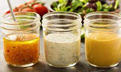 On les a testés pour vous! Ces 4 vinaigrettes maison pour vos salades se sont avérées les favorites de l'équipe!