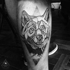 Olha só a tattoo q rolou no Rodrigo! Ele me procurou pra fazer uma Tattoo do dog…