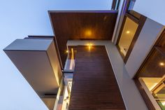 Twin Courtyard House by Charged Voids, India