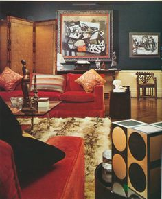 """A London home decorated by David Mlinaric. """"Decoration: Tradition et Renouveau"""""""