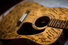 Wedding Guest Book Sign Ideas | Unique Guest Book Alternatives « Inspiration « Bow Ties & Bliss ...