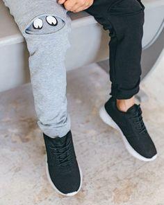 Adidas Sneakers, Sewing Patterns, Trousers, Crafty, Halloween, Handmade, Diy, Fashion, Adidas Tennis Wear