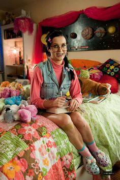 katy perry last friday night nerd | nerdy Katy Perry on TGIF video nerd day