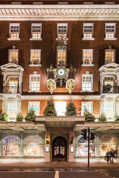 The 20 prettiest London shop fronts Trafalgar Square, Covent Garden, Beautiful Streets, Beautiful Places, Compton Street, Umbrella Shop, London Neighborhoods, Victorian Tiles, Shop Fronts