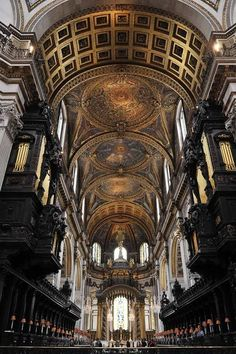 fenestra-ad-scientiam:  An interior view of St.Paul's Cathedral, London.