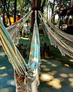 Um lugar para descansar... #rede #descanso #resting #beach #praia #barradatijuca #rio #carioca #comosercarioca #carioquissimo #home #beautifulday #igers #igersworldwide #trippics #tripping #hdr #hdr_pics #hdriphonographer #wanderlust #beautifuldestinations #worldtravelpics #destinoerrejota #cidademaravilhosa #photographer #photooftheday #picoftheday #love by couple.fit.tripping