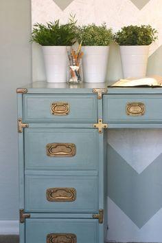 Love this DIY desk project...Chloe – A Vintage Drexel Heritage Desk « becauseiliketodecorate…