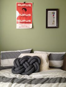 Diy Squishy Knot Pillow : Nautical knots decoration on Pinterest Nautical Rope, Nautical Knots and Ropes