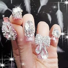 Bling bling How can you get any work done with these nails? Bling Bling, Bling Nails, 3d Nails, Jewel Nails, Sparkly Nails, Glam Nails, Pastel Nails, Beauty Nails, Beauty Makeup