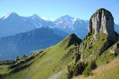 S Jamesem Bondem na vrchol švýcarských Alp Switzerland Destinations, Grindelwald, Half Dome, Hiking, Wanderlust, Mountains, Travel, Snow, Outdoor