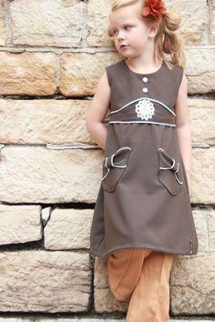 Almost Betsy dress, C'est Dimanche pattern, made by Les Poupees Rousses