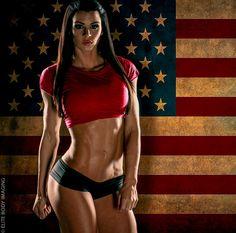 Fitness Model Lindsey Renee Talks With Simplyshredded.com