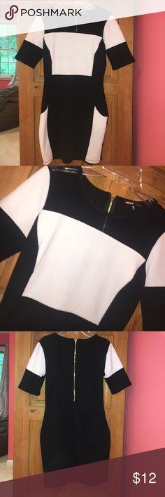 Black and white Bodycon dress Black and white Bodycon dress Zipper on back Love Culture Dresses Mini