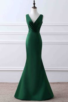 Simple green matte satin prom dress, ball gown, elegant v-neck long dress for prom 2017